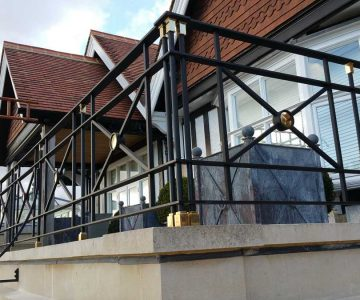 Balcony Balustrade with Brass Ornaments 2